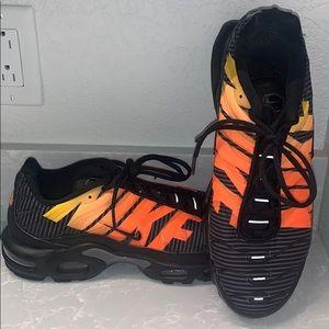 Size 11.5 Nike Tn Air